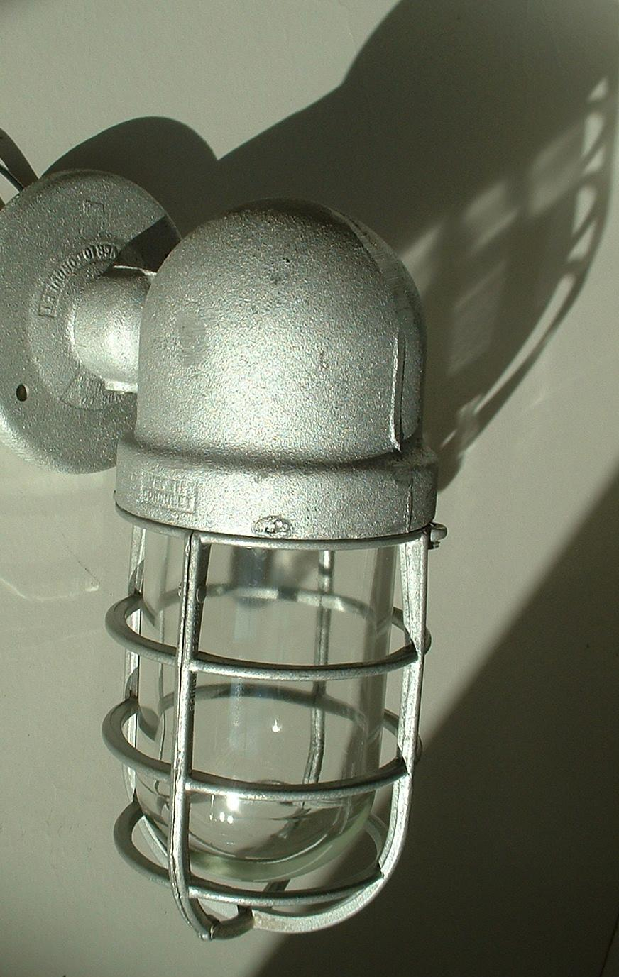Nos crouse hinds 100 watt explosion wall sconce porch vtg industrial crouse hinds industrial lighting fixture arubaitofo Choice Image